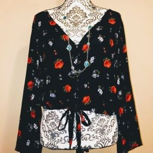 American Eagle Outfitters Black Floral Top/Blouse